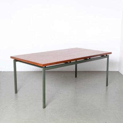 -Dining-table-Rosewood-pastoe-minimalistic-design-vintage-60s