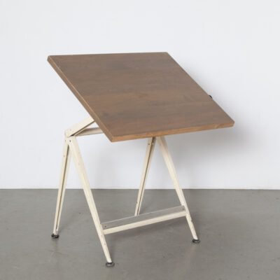 Reply Drafting Table Friso Kramer Wim Rietveld Ahrend de Cirkel adjustable pivot desk architect solid oak top olive varnish knobs folded sheet steel frame legs Dutch Design vintage retro mid-century modern 60s sixties