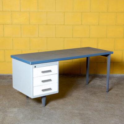 -Gispen-kleurodesk-drawers-typist-desk-steel-linoleum-cordemeyer-industrial-vintage-50s-60s-netherlands