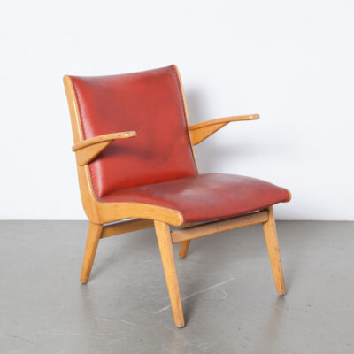 Dutch armchair Gelderland boomerang shaped side original red leatherette blond wood birch beech frame armrests post-war 50s 1950s fifties vintage chair mid-century modern retro