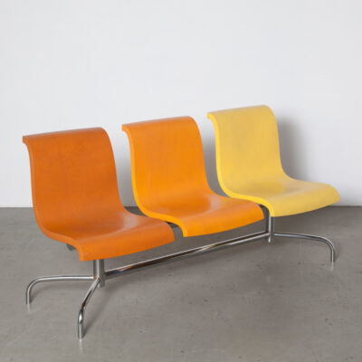 Vlag Bench Gerard van den Berg Lensvelt rippling waving flag waiting-room doctor dentist airport seats chromed steel beam thick plywood orange yellow design current contemporary modern secondhand seating Dutch