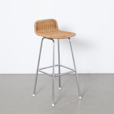 Barstool Wicker Chrome Frame Similar Les Arcs bar stool Charlotte Perriand seat chromed tubular vintage retro mid-century modern 60s sixties 1960s chair seating white feet