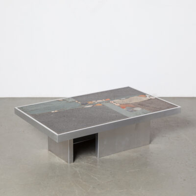 Paul Kingma table basse dalle flottante en béton brutaliste début pierre naturelle ardoise agate base en aluminium plié inhabituelle bordure rectangulaire ciment vintage rétro années 60 années 1960 années XNUMX salon de design hollandais milieu du siècle moderne