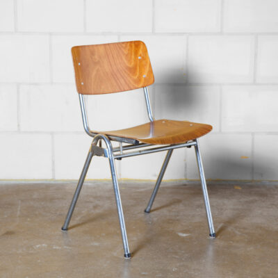 60:05 Chair Marko Holland stacking pagholz pagwood school chair linking linkable stackable seat shaped curved bent matt chromed steel tube frame vintage retro industrial dining cafe patina sturdy indestructible 60s 1960s sixties seating Dutch design