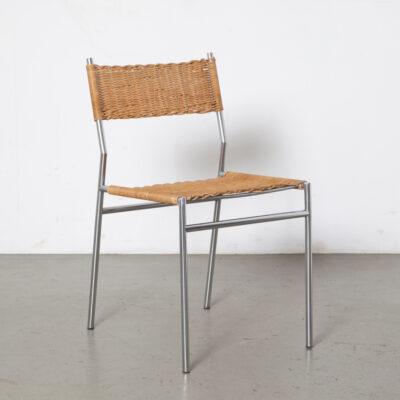 Chaise SE05 Martin Visser Spectrum structure en tube chromé mat dossier en osier tressé dossier poétique organique industriel vintage rétro milieu du siècle moderne années 60 années 1960 années XNUMX sièges de salle à manger Design hollandais
