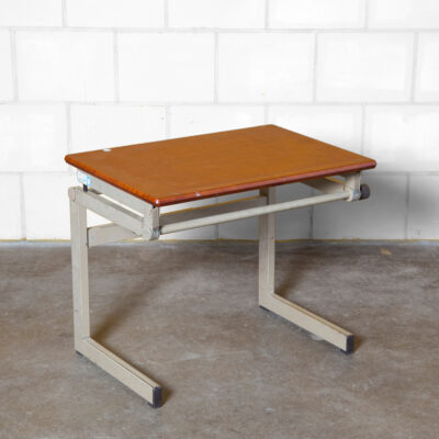 Student School Desk Drafting Table Werzalit Erzeugnis Der PAG Kettler thick pagholz pagwood top grey powder-coated steel frame architects infinitely adjustable drawing art lectern lecturn work station utilitarian industrial design vintage retro 60s 1960s sixties