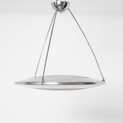 Mira C hangende hanglamp licht Ezio Didone Flos Italië gepolijst aluminium lichaam gezandstraald mat zuur-geëtst glas diffuser koepel verchroomde ophangstangen Italiaans Modern eigentijds design 90s 1990s XNUMXs