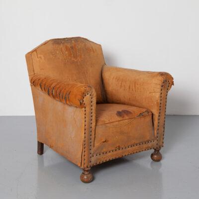 Sheepskin Club I'm A Survivor патина красивое кресло овечья кожа характерная харизма Кембридж Йорк мягкое кресло изношенные декоративные деревянные ножки винтажные классические сидения ретро отделка ногти