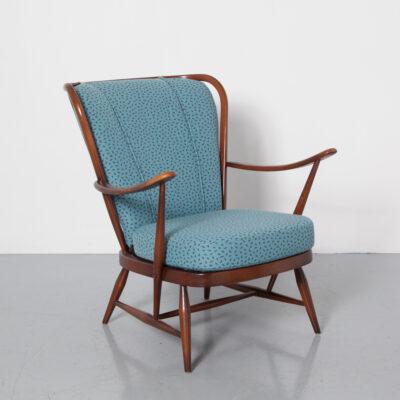 Ercol no 364 Double Bow Easy Chair синие подушки двусторонние старые колониальные антиквариат вощеная отделка традиционный консервативный веретено назад windsor wingback ремни сиденья обивка сиденья ткань винтаж ретро 50-е 1950-е годы пятидесятые